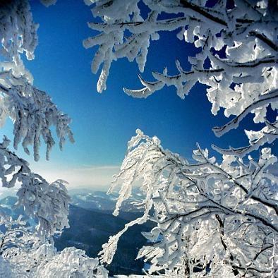 Vysokohorská zimná krajina
