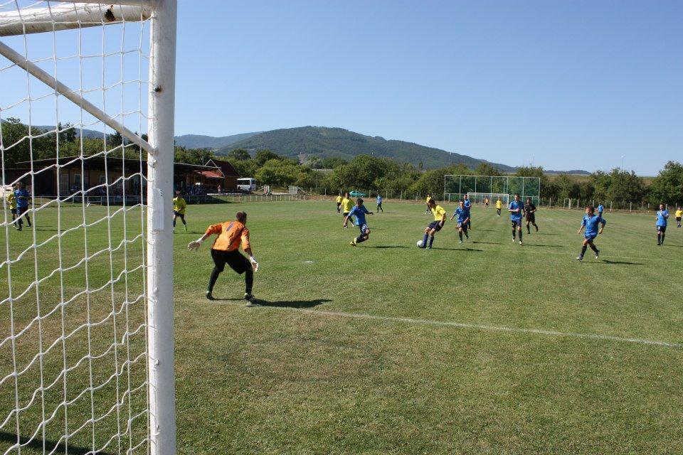 Futbalový zápas TJ Priehrada Nitrianske Rudno